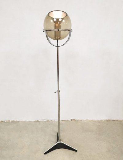 Vintage Dutch design globe floor lamp by Frank Ligtelijn for Raak