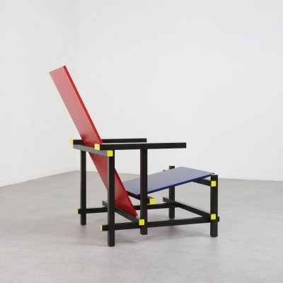 635 Red & Blue lounge chair by Gerrit Rietveld for Cassina, 1990s