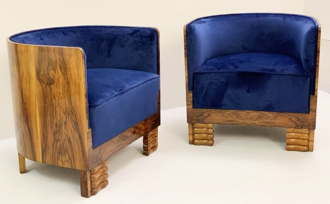Pair of Italian Art Deco Armchairs in Walnut, 1920s