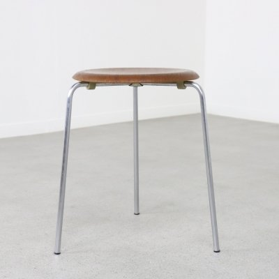 Early 'Dot' stool by Arne Jacobsen for Fritz Hansen, DK 1965