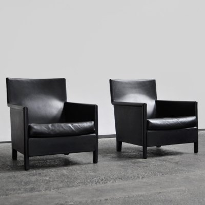 Set of black quality leather easy chairs by Studio Molteni & Co, Italy 1990s