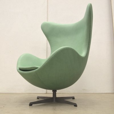 Mintgreen Egg Chair by Arne Jacobsen for Fritz Hansen, 1960s