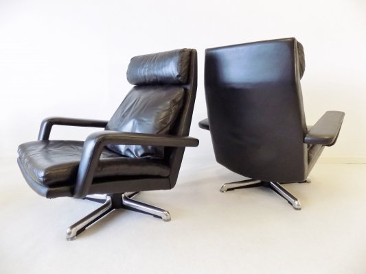 Set of 2 Black Leather Lounge chairs by Hans Kaufeld, 1960s