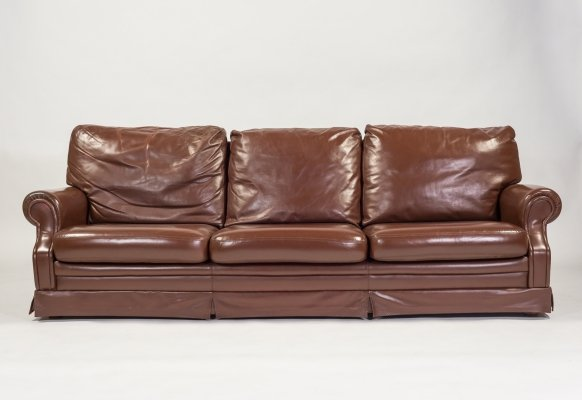 Italian design three seats sofa in brown leather, 1970's