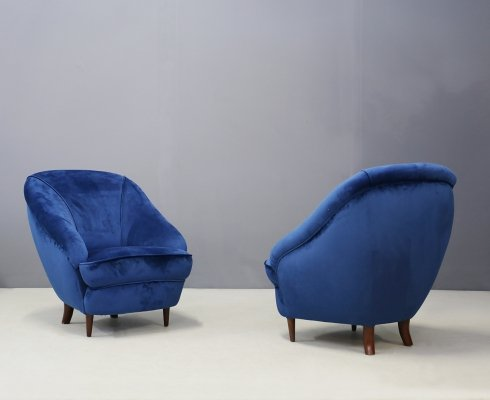 Pair of MidCentury Gio Ponti armchairs in blue velvet, 1930s