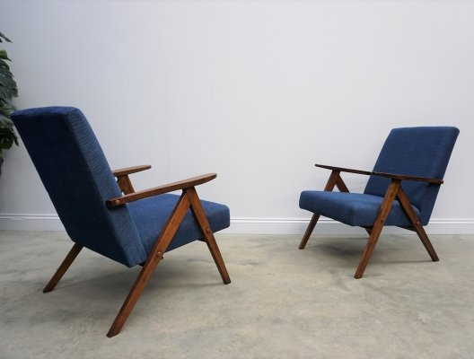 Pair of 1960 Mid Century Easy Chairs Model B 310 Var in Navy Blue