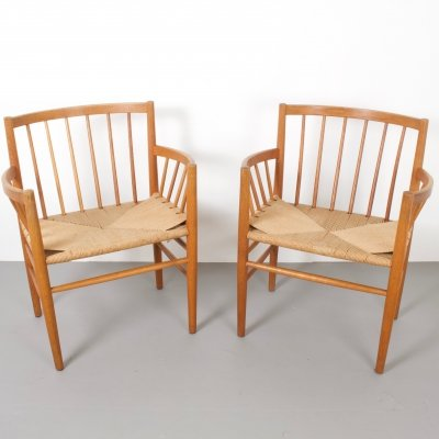Pair of J81 Oak Chairs by Jørgen Bækmark for FDB, 1960s