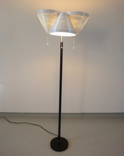 Alvar Aalto Floor Light A809 Early Production by Valaisinpaja Oy, Finland 1959