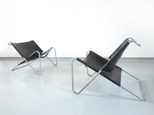 Pair of Sz15 Lounge Chairs by Kwok Hoi Chan for 't Spectrum, the Netherlands 1973