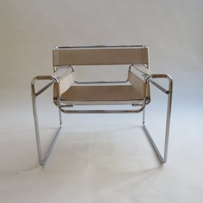 B3 Wassily Chair In Cream Leather by Marcel Breuer for Gavina, Italy 1960s