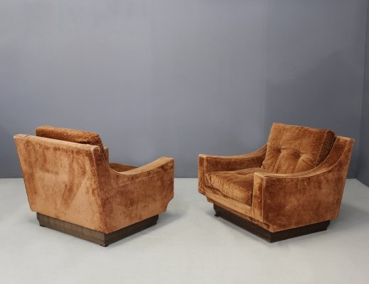 Pair of original orange velvet Armchairs by Luciano Frigerio, 1970s