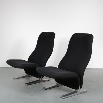Pair of Concorde lounge chairs by Pierre Paulin for Artifort, 1970s