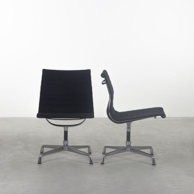 2 x EA105 office chair by Charles & Ray Eames for Vitra, 1980s
