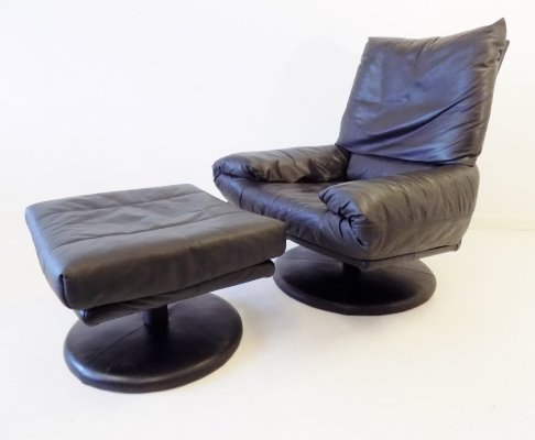 Rolf Benz black leather Forum lounge chair with ottoman