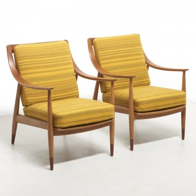 Pair of early Peter Hvidt & Orla Mølgaard Nielsen FD 144 chairs in teak & oak, 1950s