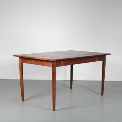 Extendible Danish dining table by Dyrlund, 1960s