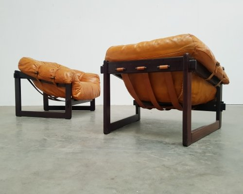 Set of 2 original cognac leather MP-091 lounge chairs by Percival Lafer, 1960s