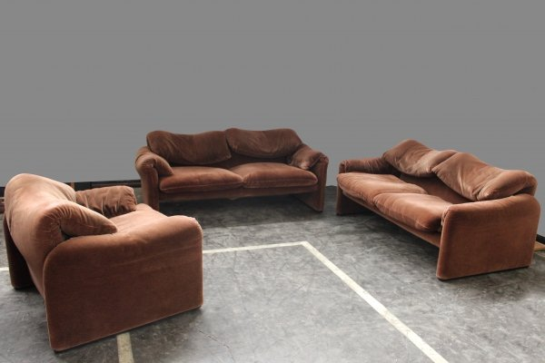 Maralunga seating group with two sofa's & one armchair by Vico Magistretti for Cassina, 1970s
