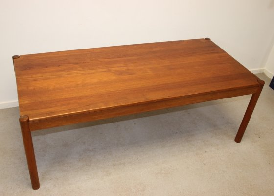 Large Danish coffee table by Magnus Olesen, 1960s