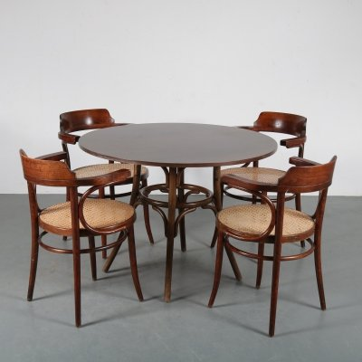 Bentwood dining set model 233 by Michael Thonet, the Czech Republic 1970s