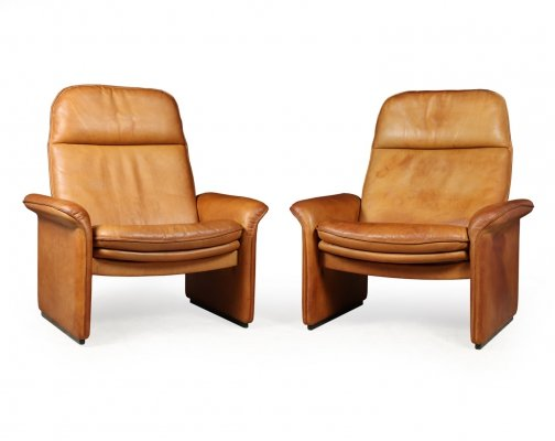 Pair of De Sede Reclining DS50 chairs in Tan Neck Leather