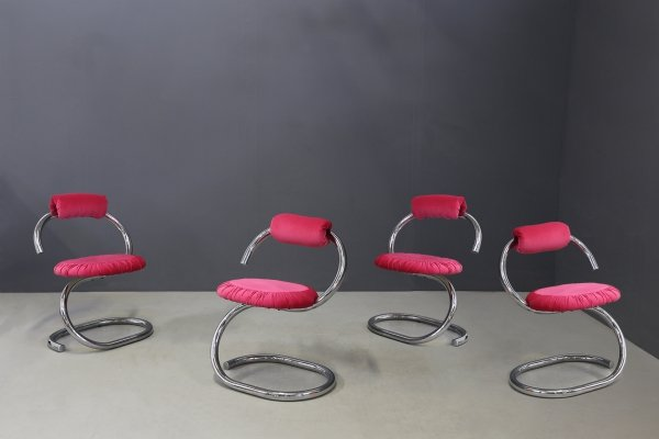 Set of 4 Midcentury pink 'Cobra' chairs by Giotto Stoppino, 1970s