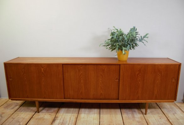 Danish Teak Long sideboard, 1960s