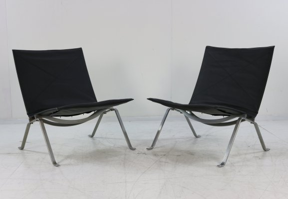 Pair of PK22 lounge chairs by Poul Kjærholm for E. Kold Christensen, 1970s