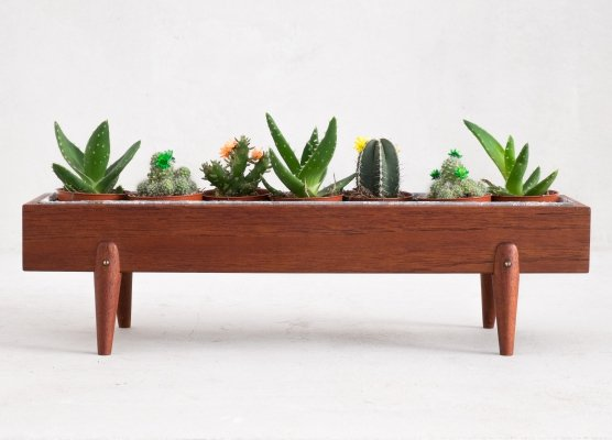 Small Danish planter, 1960s