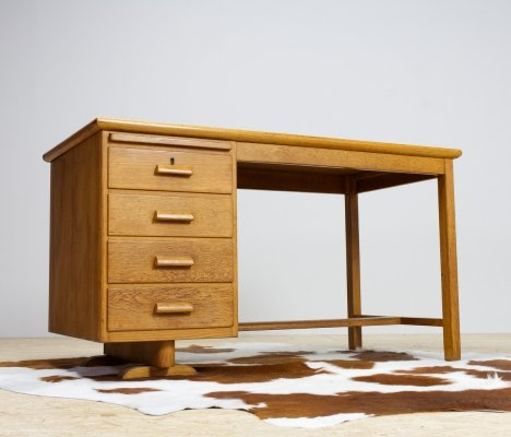 1930s writing desk in oak with extendable top