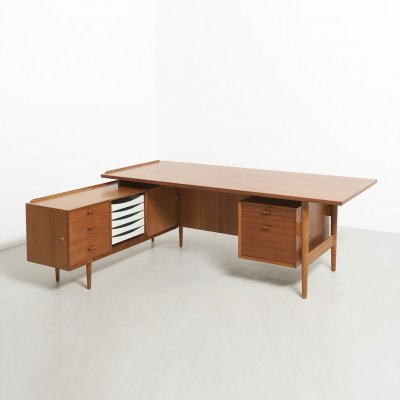 Director's desk in teak with sideboard by Arne Vodder