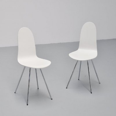 Pair of Arne Jacobsen Tongue chairs by Fritz Hansen, 1970s