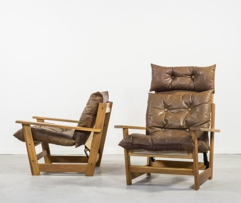 Set of two sculptural vintage armchairs by Vatne Møbler