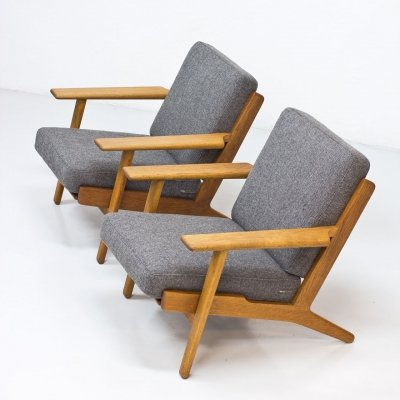 Pair of 'GE-290' Armchairs by Hans J. Wegner for Getama