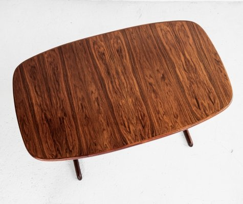 Midcentury Danish oval dining table in rosewood by Skovby, 1960s