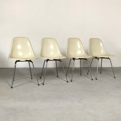 4 Fiberglass DSW Side Chairs by Charles & Ray Eames for Herman Miller, 1980s