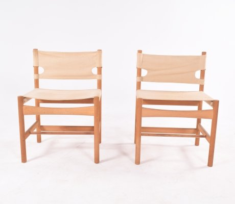 Pair of Safari Model 3251 chairs by Børge Mogensen