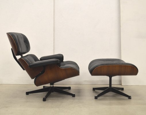 Rosewood lounge chair by Charles & Ray Eames for Herman Miller