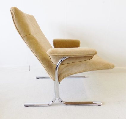 De Sede DS2030 lowback Alcantara lounge chair by Hans Eichenberger