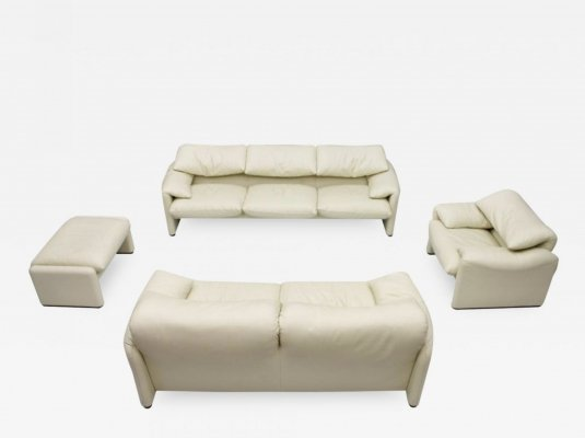 Cream White 'Maralunga' Living Room set by Vico Magistretti for Cassina, 1973