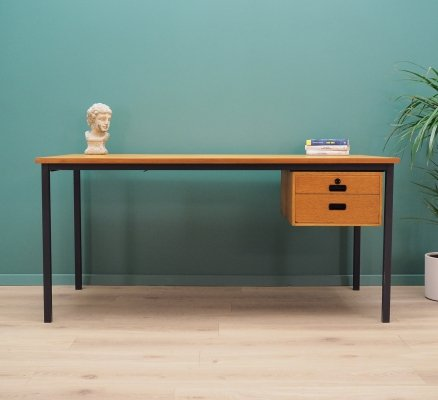 Mid century desk in oak, 1970s