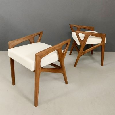 Pair of stools by Gio Ponti in walnut & white fabric, 1950s