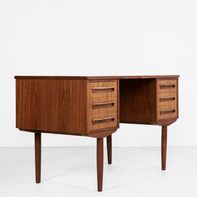 Midcentury Danish desk in teak, 1960s