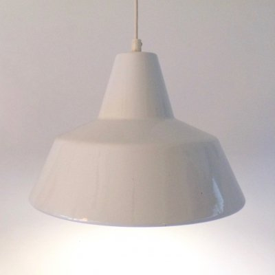 Vintage white enamel industrial loft lamp by Louis Poulsen, 1960s