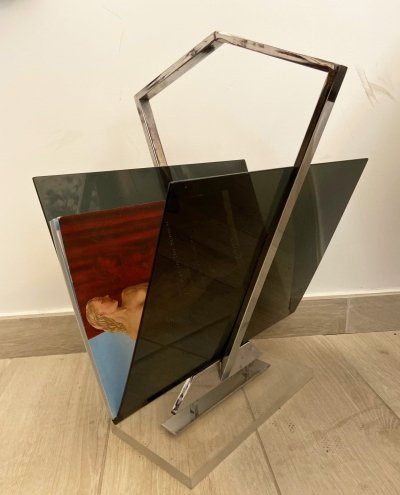 1970s Magazine Rack in Plexiglass & Chromed Metal