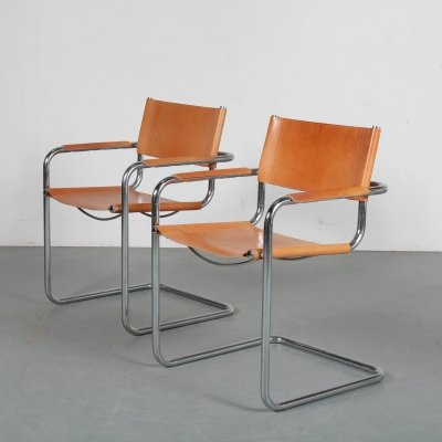 Pair of side chairs, Italy 1970s