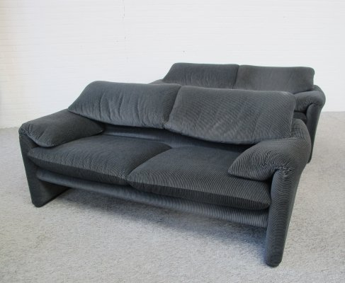 Pair of Cassina Maralunga two seat sofas by Vico Magistretti, 1990s
