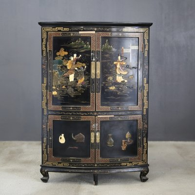Chinese Corner Cabinet in Black Lacquer & Hard Stones, 1920
