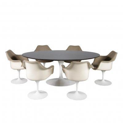 Eero Saarinen Dining set for Knoll International, USA 1970