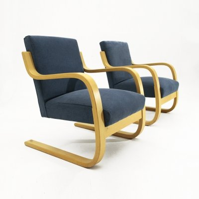 Pair of blue 402 Armchairs by Alvar Aalto for Artek, 1970s
